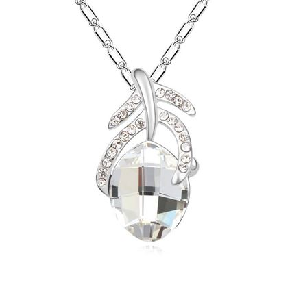 Picture of Special Austrian Crystal Pendant Necklace - White Austrian Crystal